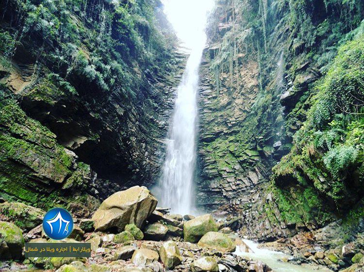آبشار اکاپل ابشار کلاردشت ابشار جاذبه طبیعی کلاردشت ابشار اکاپل کلاردشت (۱۱)