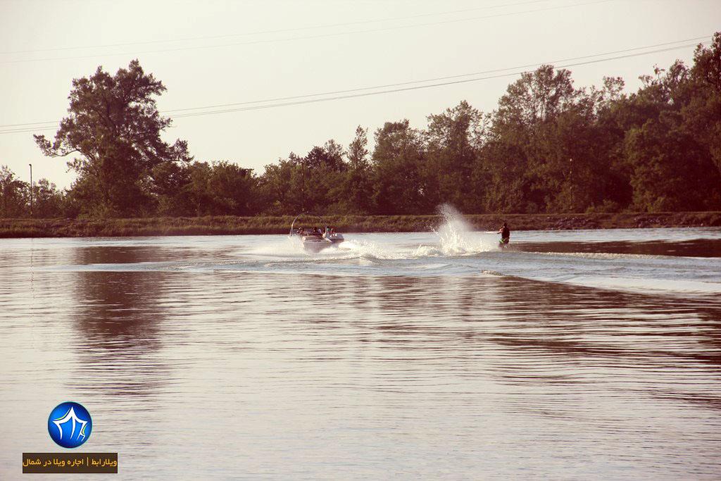 اسکی روب آب دریاچه آبیدر