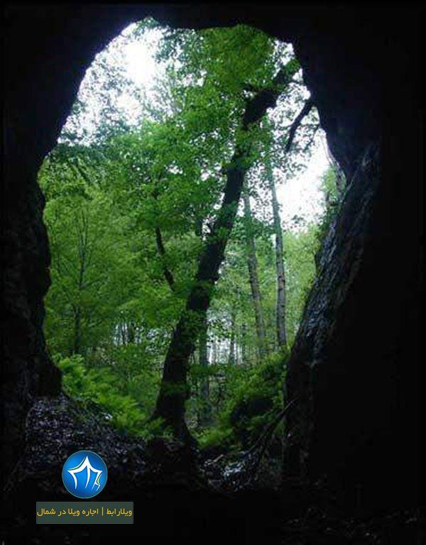 غار آویشو در استان گیلان