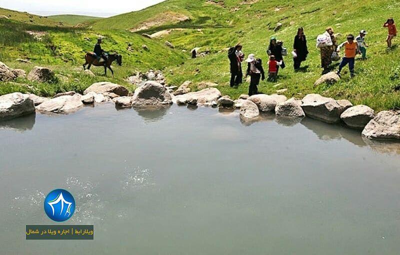 چشمه آبگرم ماست خور چشمه آبگرم ماستخور (۱)
